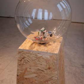Fugue for Flotsam -installation